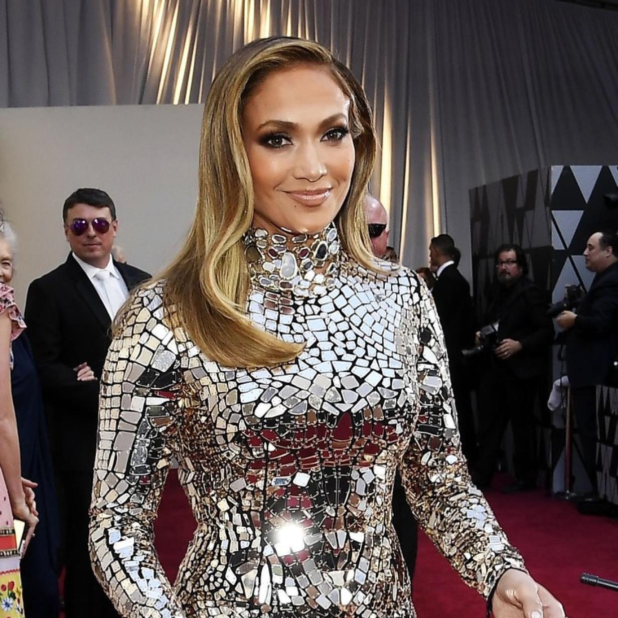 J-Lo spricht offen über ihre drei gescheiterten Ehen