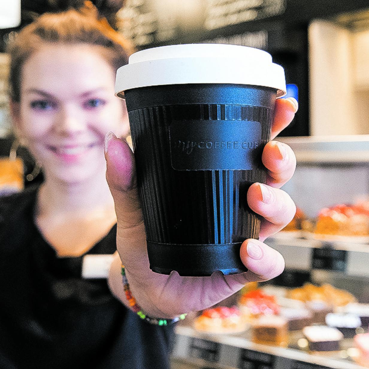 Umweg für die Mehrweg-Kaffeebecher für die Stadt