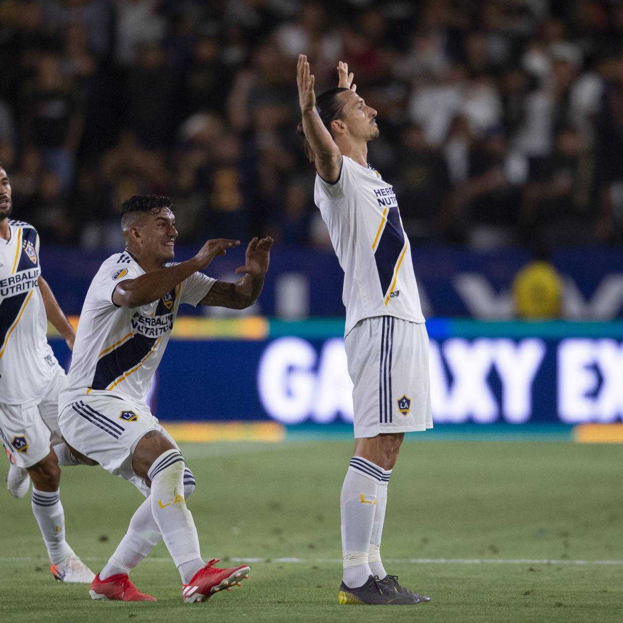 """Ferrari"" Ibrahimovic mit zweitem Triple-Pack in der MLS"