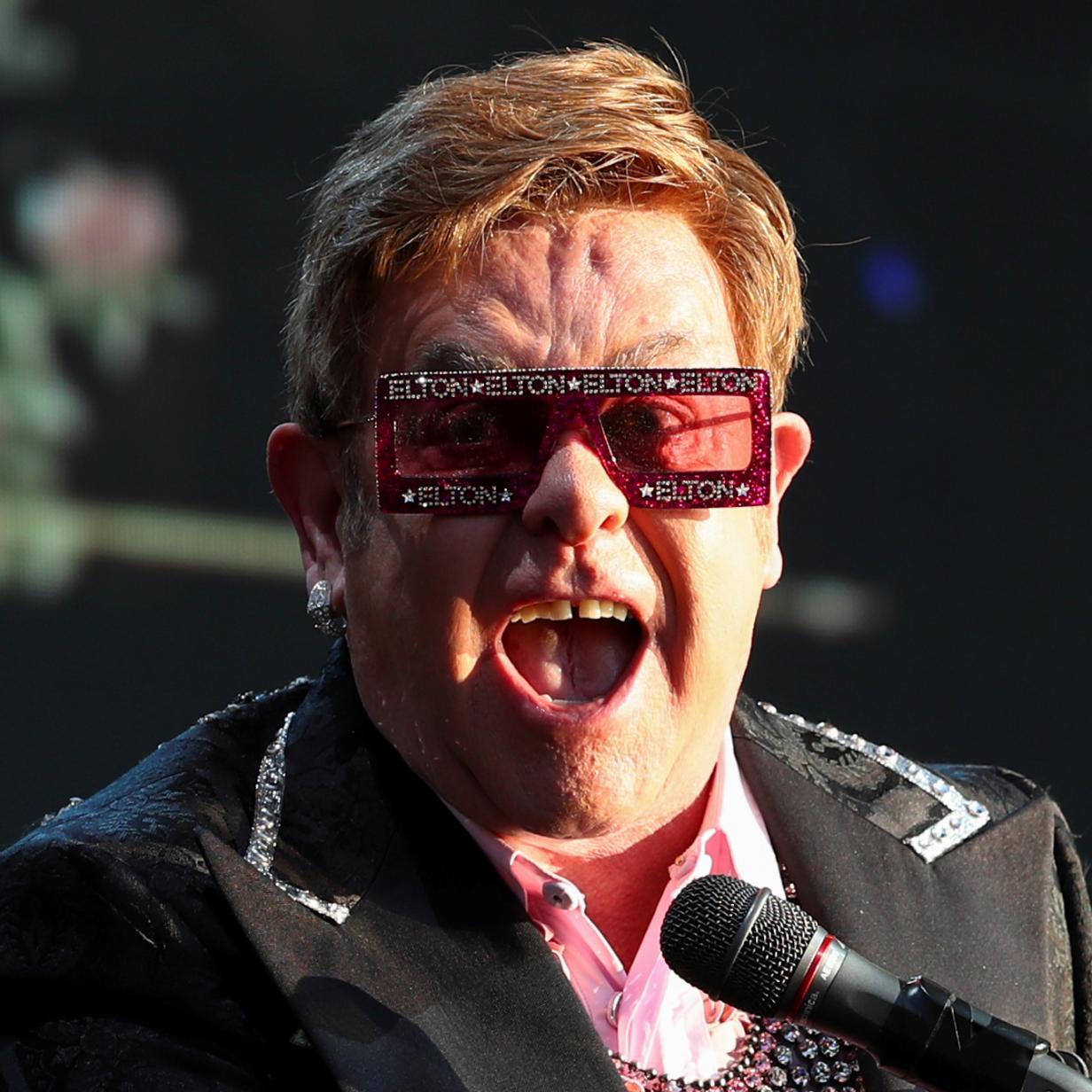Wutrede: Elton John ergreift heftig Partei für Harry und Meghan