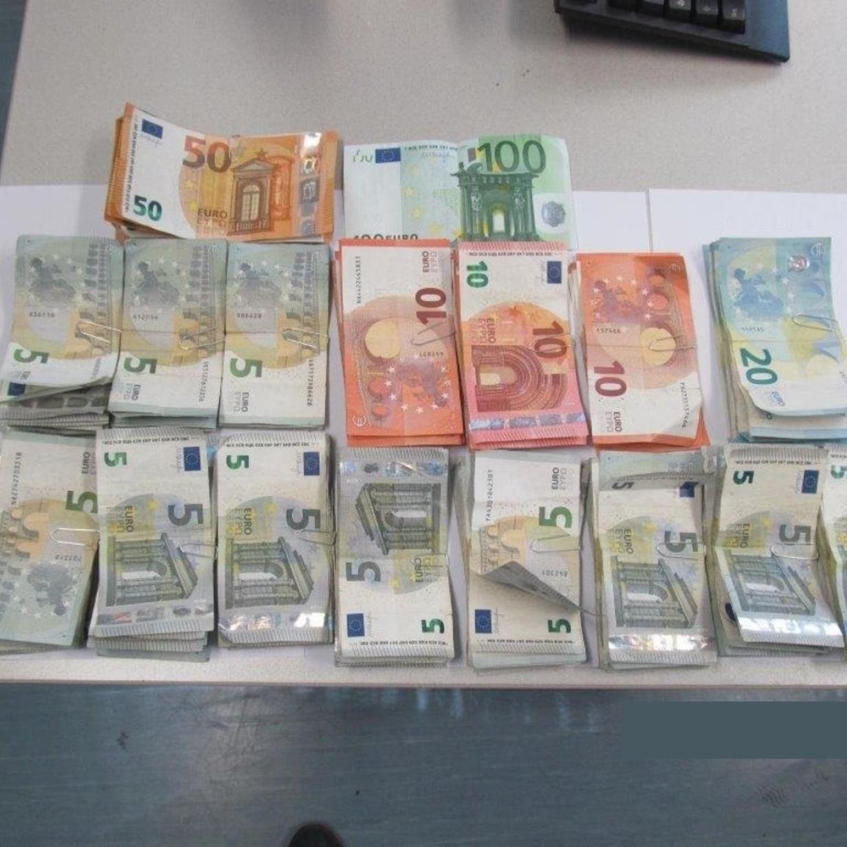 Kitzbühel: 1,5 Kilogramm Kokain und 80.000 Euro Bargeld gefunden