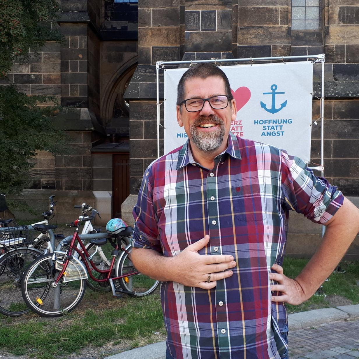 Mut statt Wut: Der Pfarrer und die Neonazis
