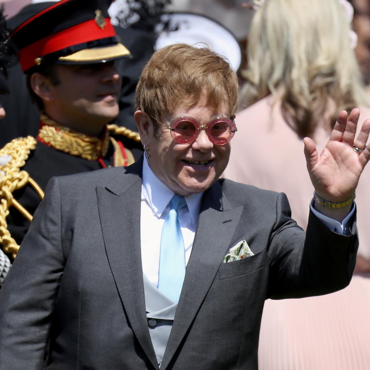Nach Meghan & Harry hat Elton John die nächsten Stars zu Gast