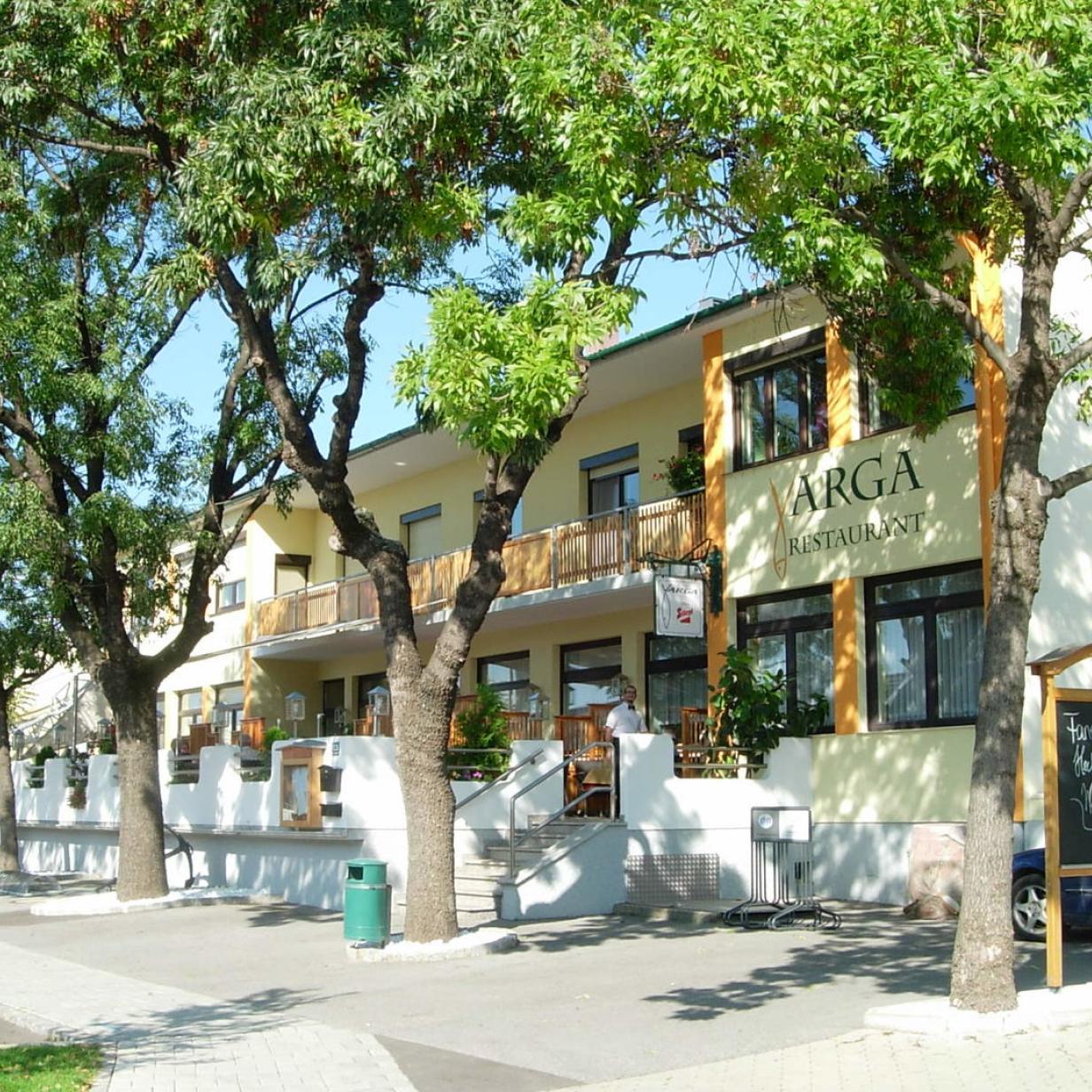 Das beliebte Fisch-Restaurant Varga am Neusiedler See sperrt zu