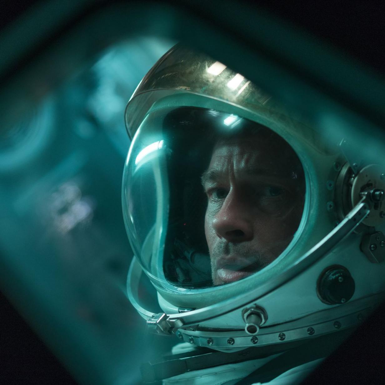 """Filmkritik zu """"Ad Astra"""" mit Brad Pitt: Mann, Mond und Melancholie"""