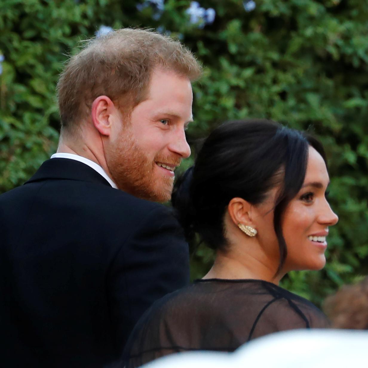 Prinz Harry und Meghan bei Traumhochzeit von Designerin Nonoo