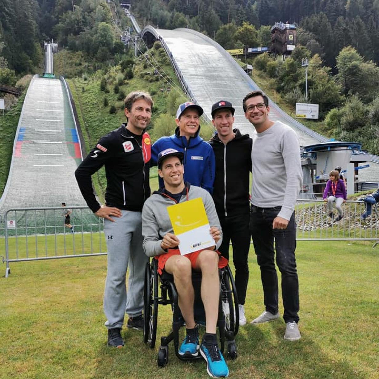 Skisprung-Coach im Rollstuhl: Lukas Müller hat das erste Diplom