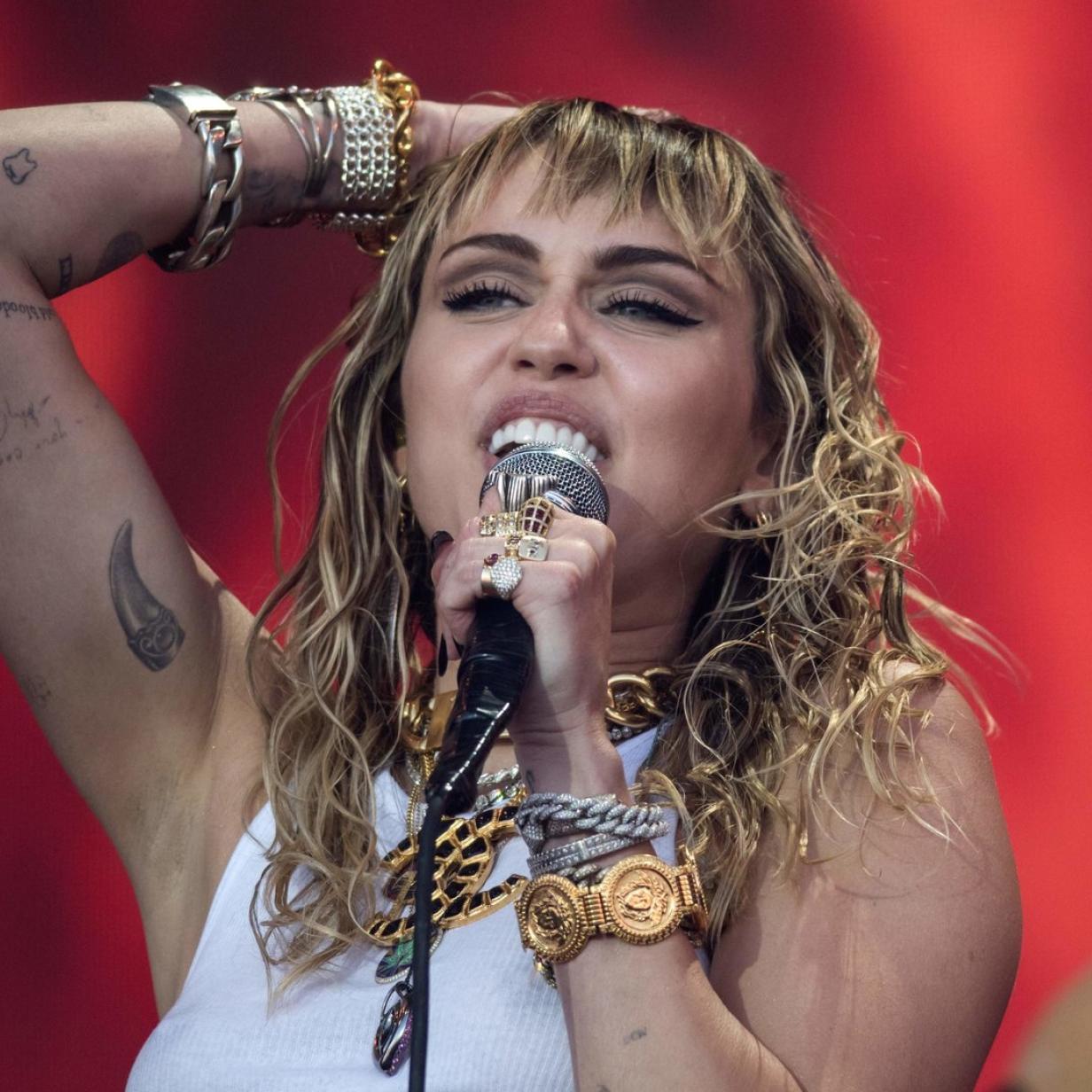 "Friseur Mama: Miley Cyrus trägt jetzt ""modernen Vokuhila"""