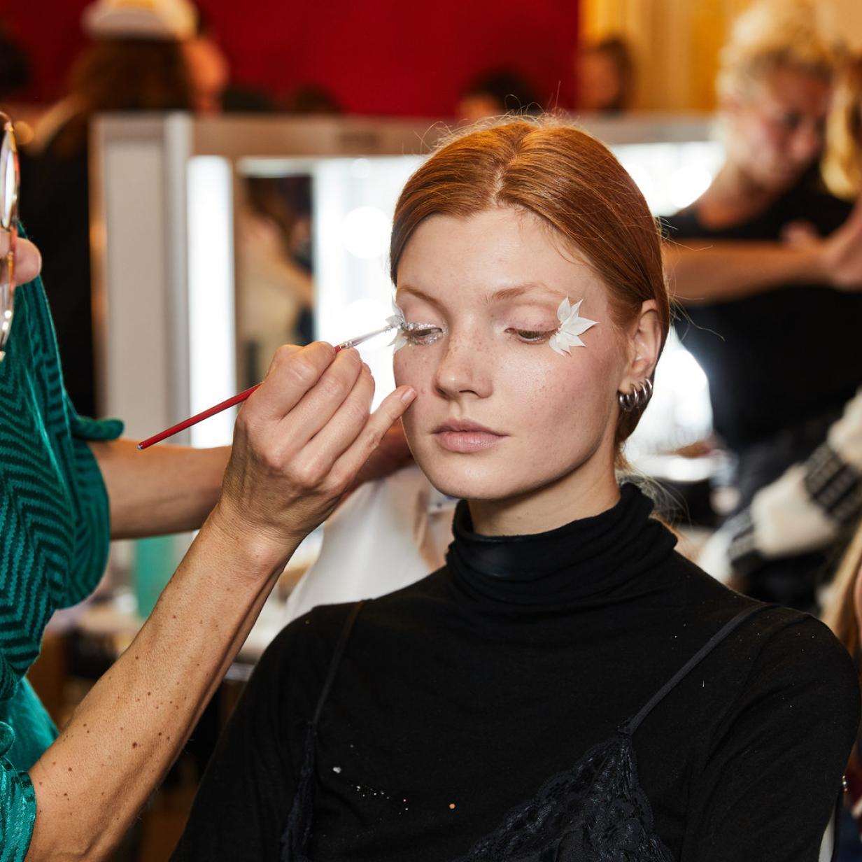Fashion Week: Diese Visagisten-Tricks funktionieren auch im Alltag