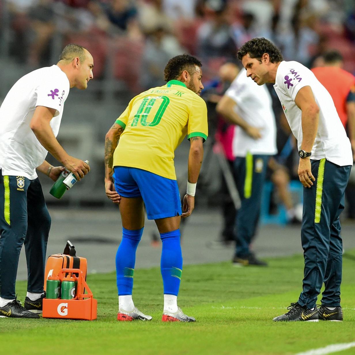 Vom Platz gehumpelt: Neymar bei Brasiliens 1:1 verletzt