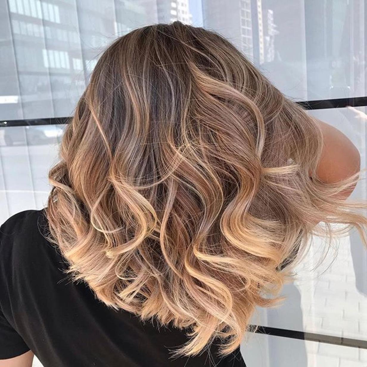 Foilyage: Der neue Haartrend, der jedem steht