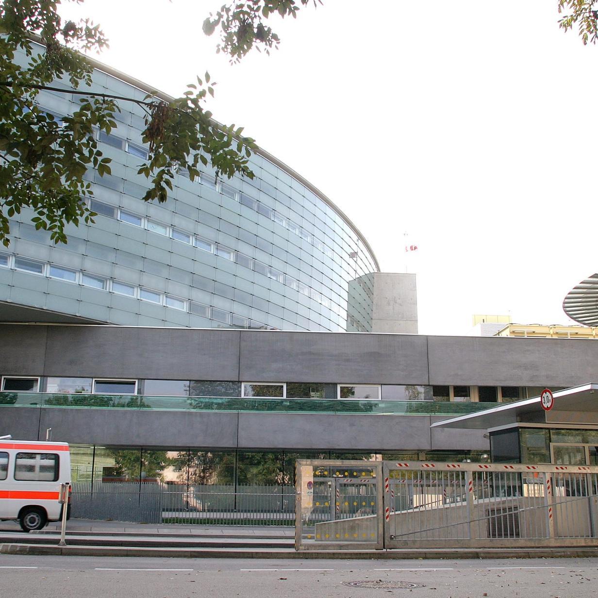 Baby starb in Salzburger Klinik: Strafantrag gegen zwei Ärzte