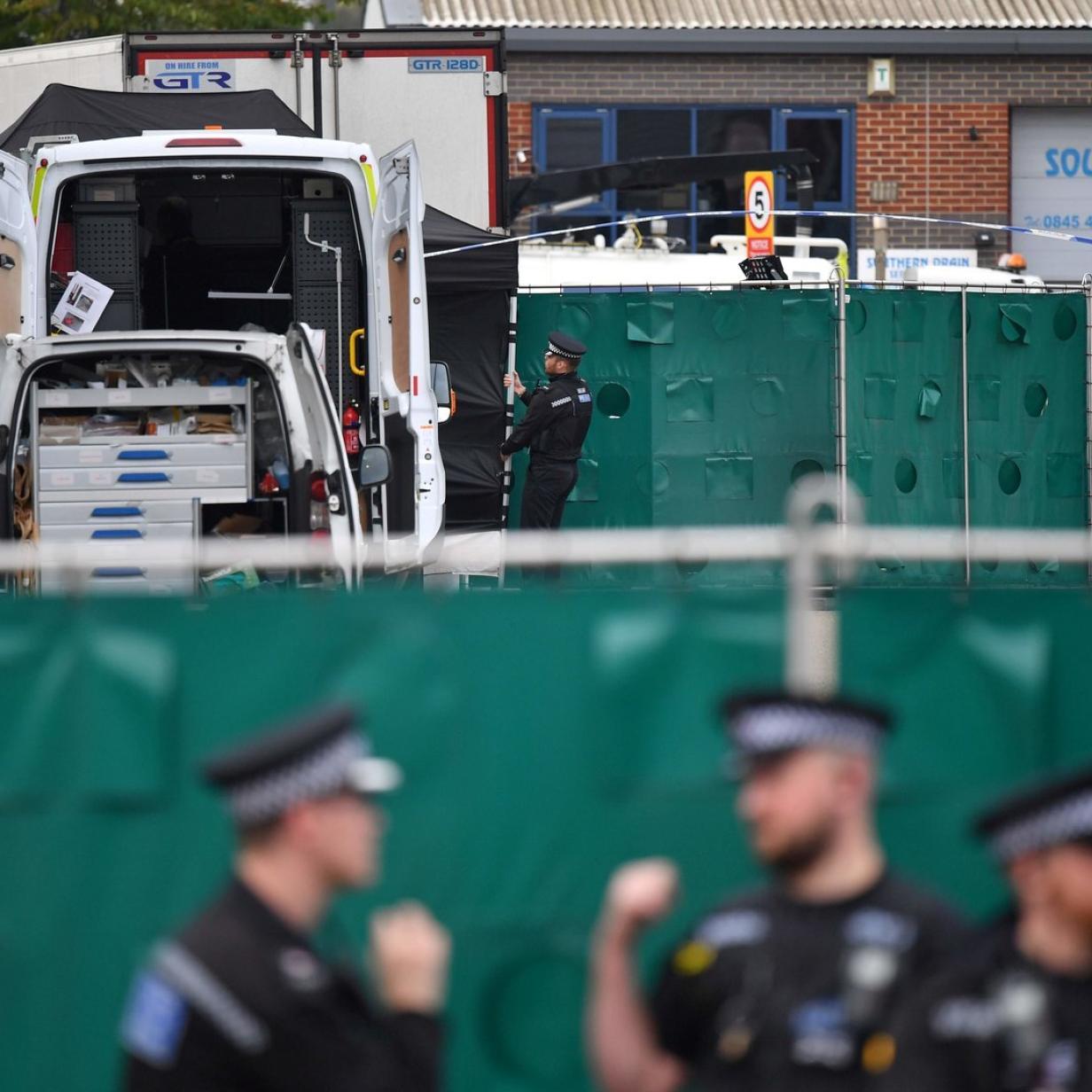 39 Leichen in Lkw: Hausdurchsuchungen in Nordirland