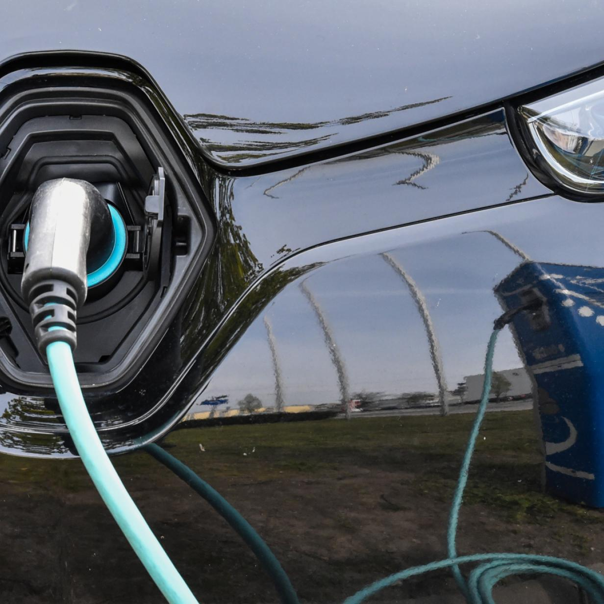 Klimabilanz von Elektroautos sticht andere Antriebe aus