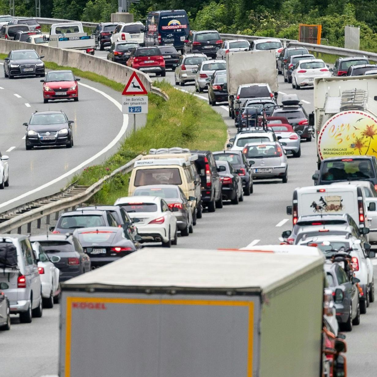 Morgenverkehr: Unfall auf A4