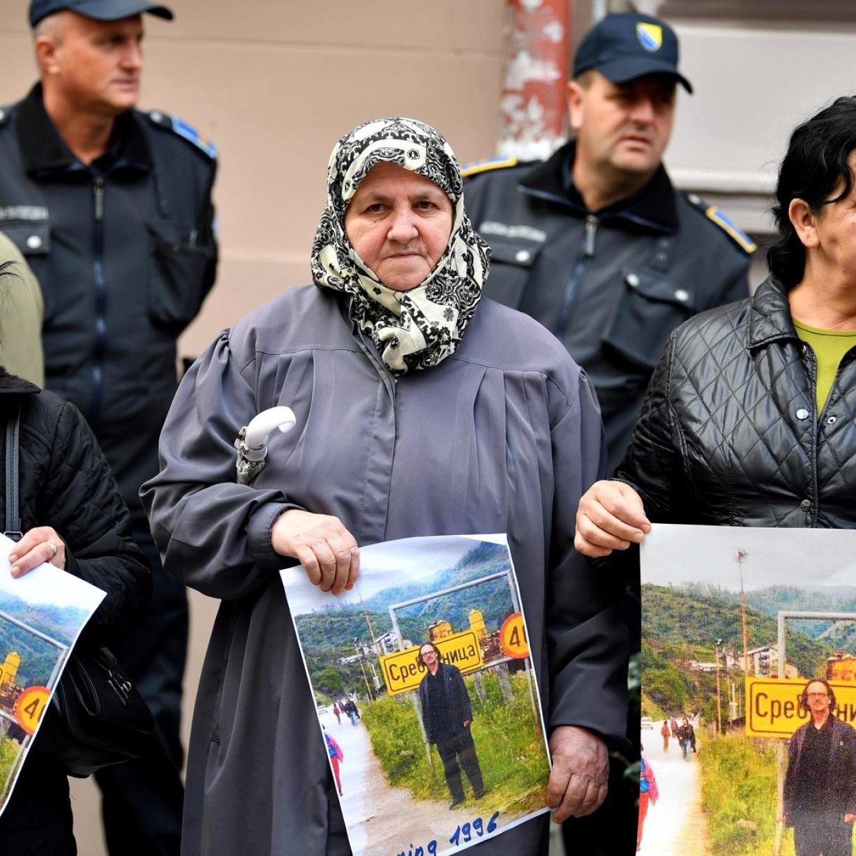 Peter Handke polarisiert: Unterstützer und Gegner rüsten auf