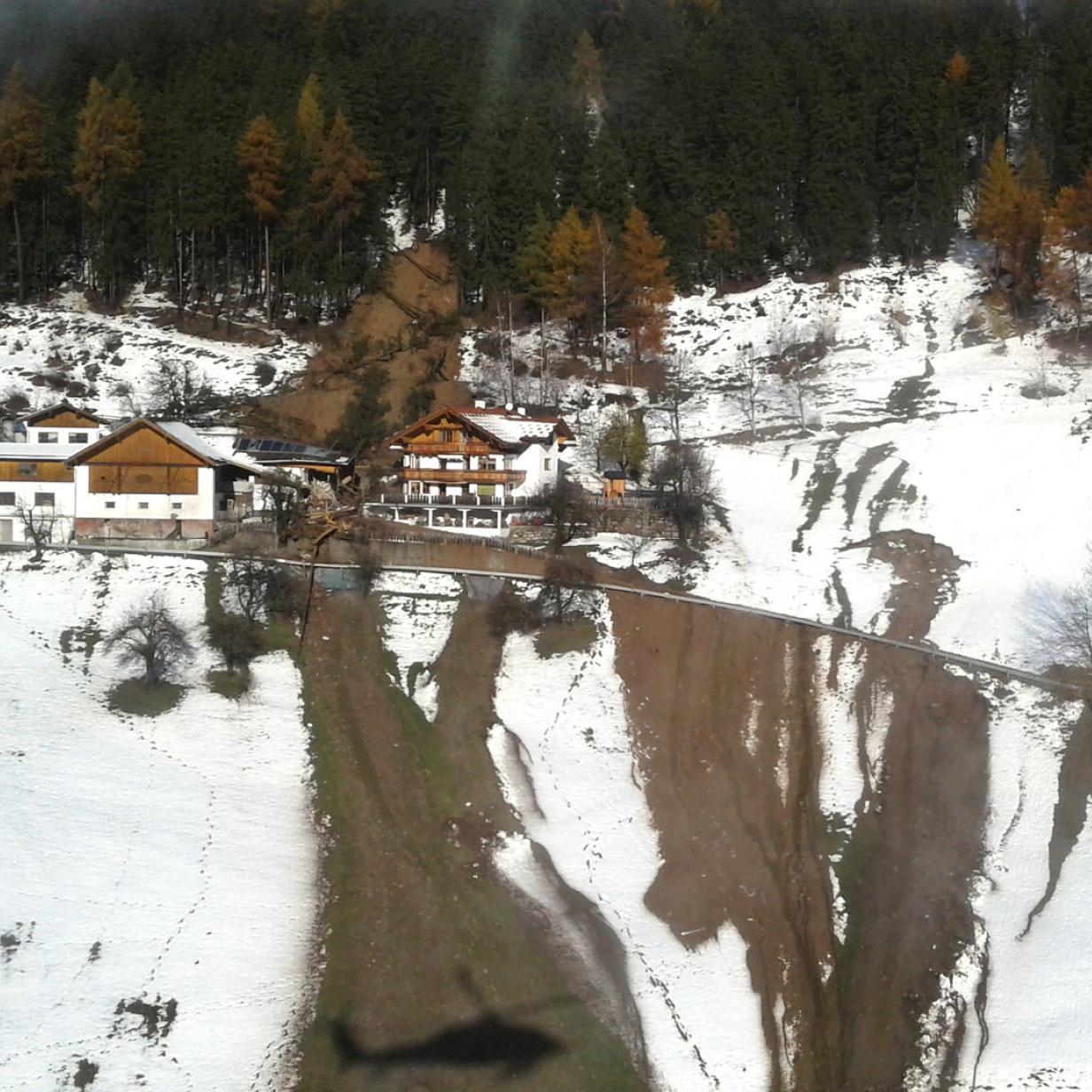Noch immer 200 Höfe in Kärnten von der Außenwelt abgeschnitten