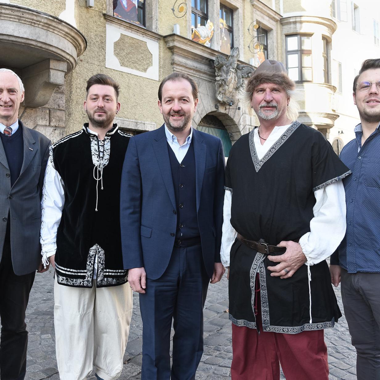 Linz: Waffenverbot gilt auch für Ritter
