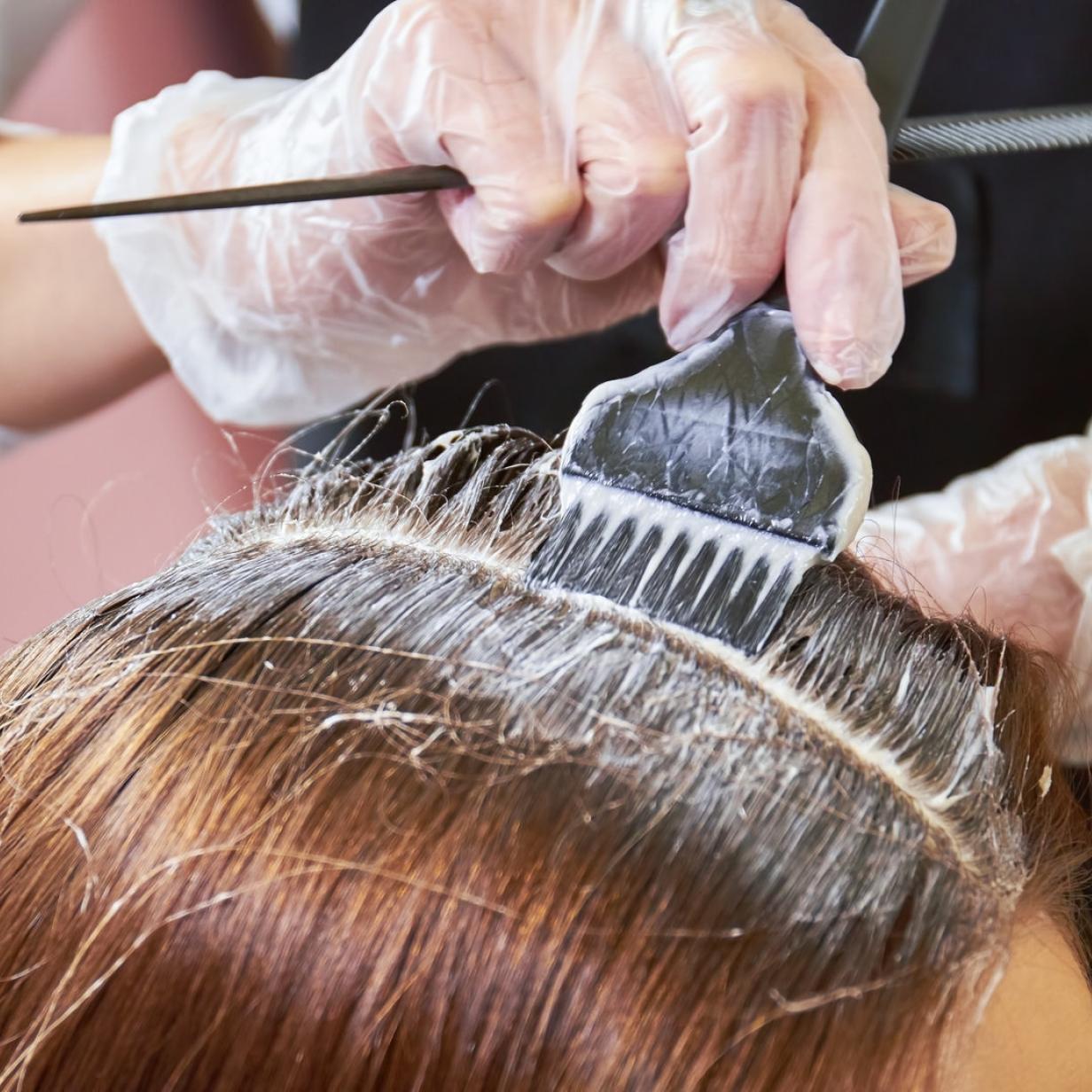 47.000 Frauen untersucht: Begünstigen Haarfärbemittel Brustkrebs?