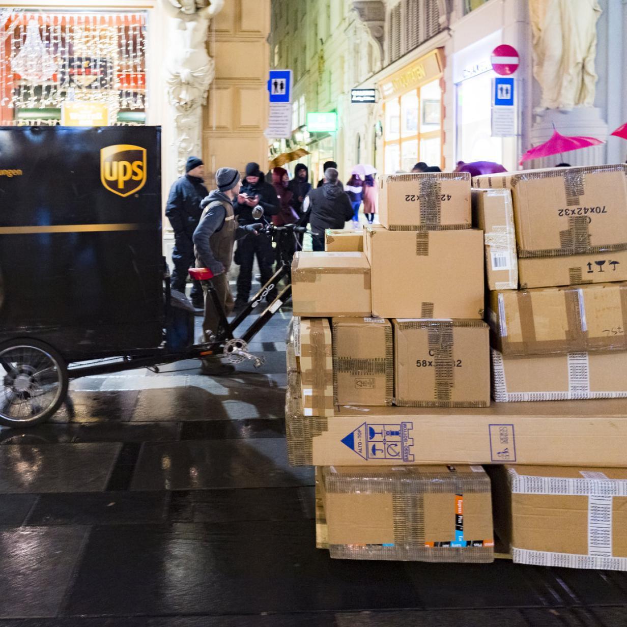Paket-Zusteller im Dauerstress: Bis zu 200 Packerl täglich