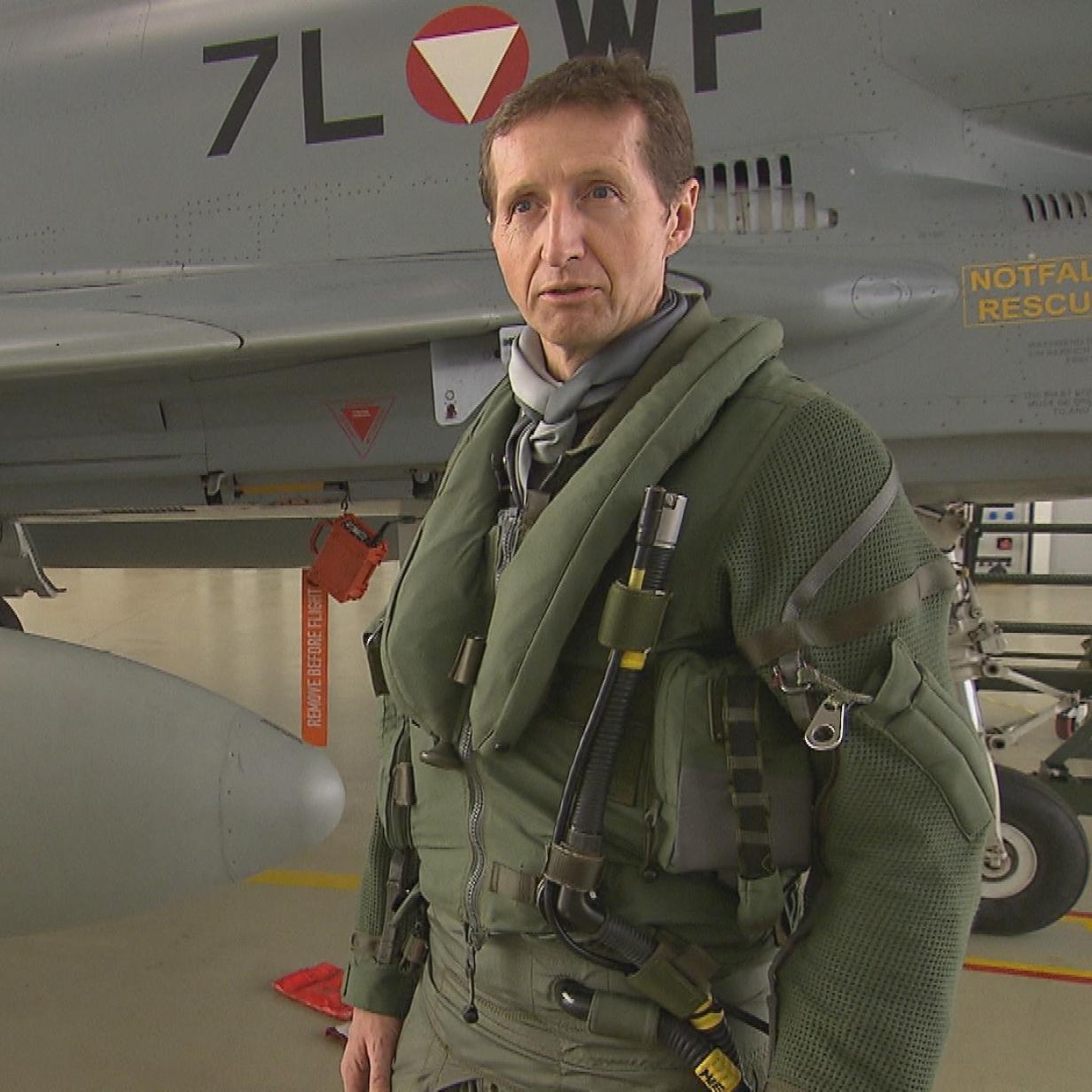 """Eurofighter-Pilot: """"Es drückt dir das Blut aus dem Gehirn"""""""