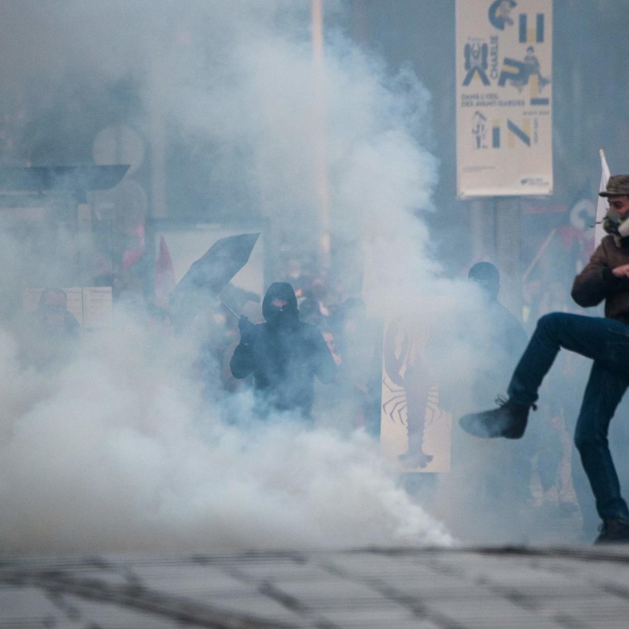Protestwelle in Frankreich lässt Verkehr stillstehen