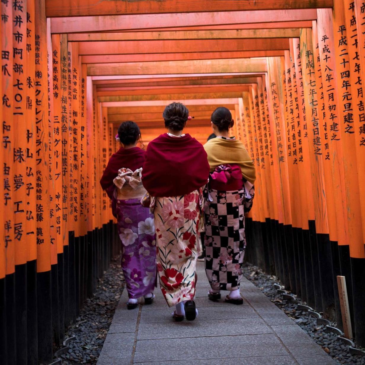 Von Kloschlapfen, Plastikessen und Radiosport: Japan für Anfänger