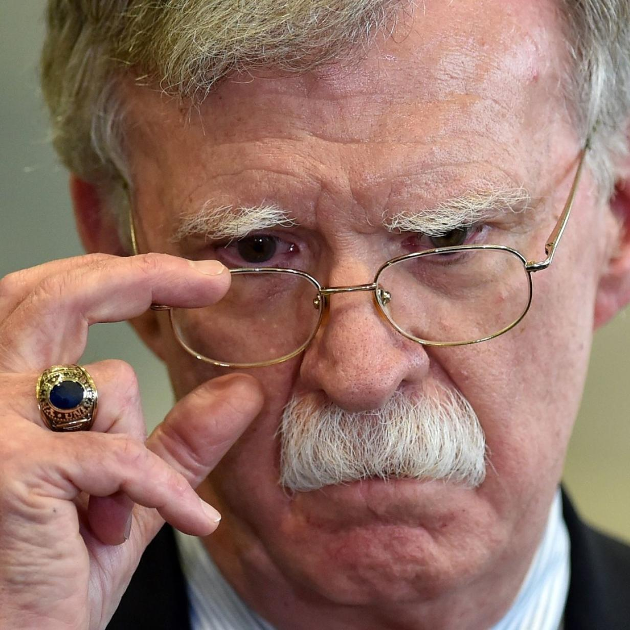 Impeachment: Die Rache des Kriegstreibers Bolton