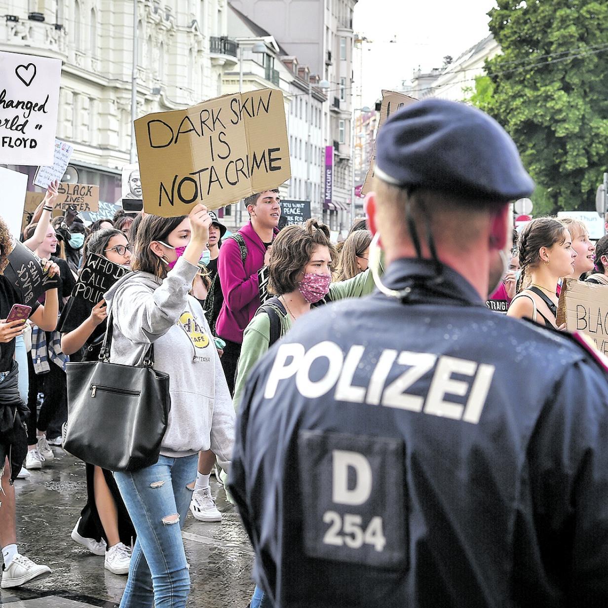 Düsseldorf himmelgeist gay