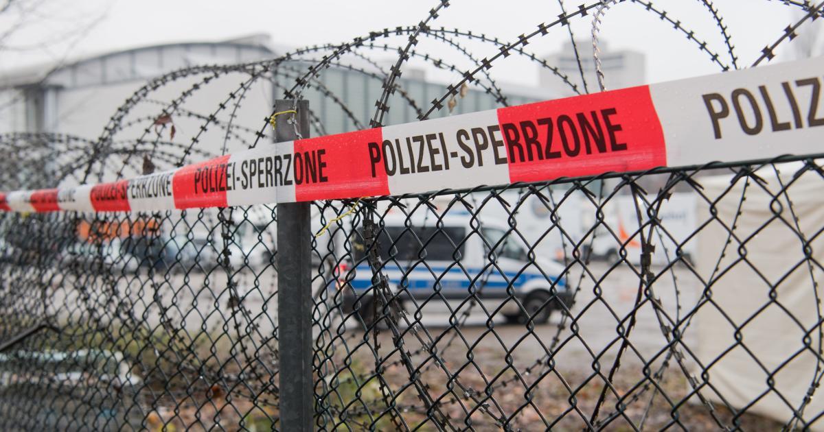 Montenegro denkt über Stacheldrahtzaun gegen Migranten nach