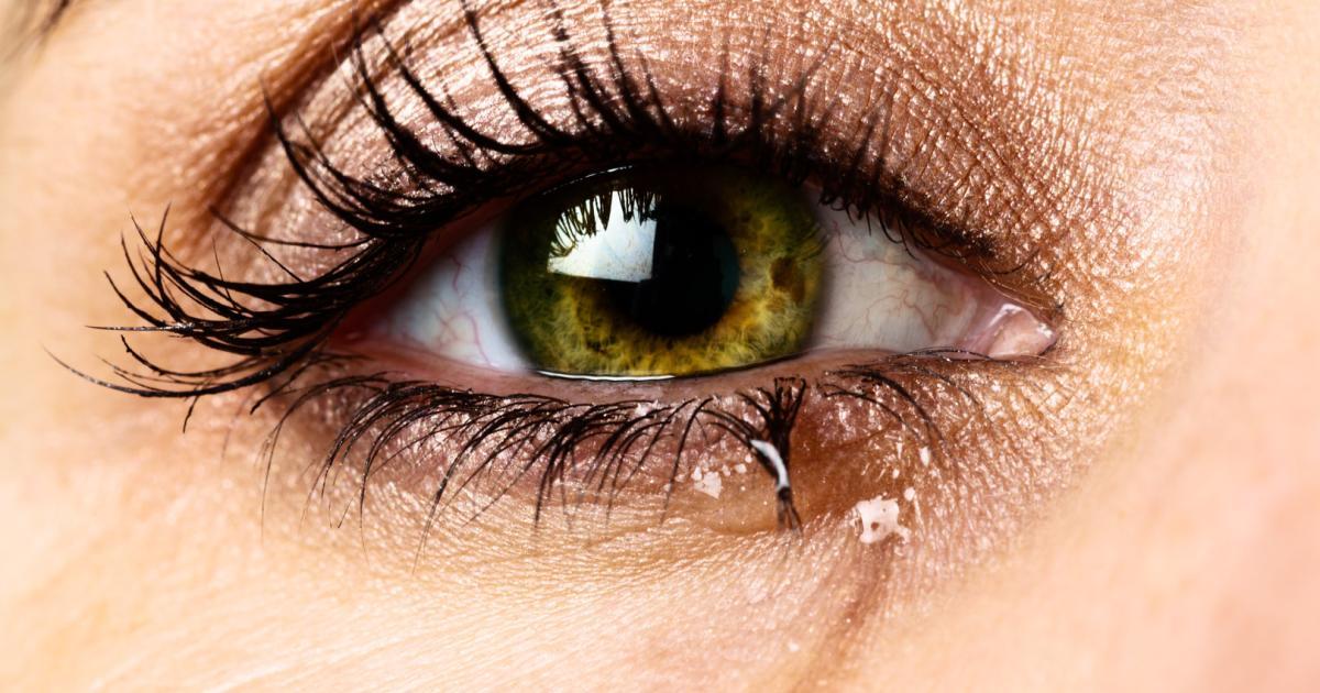 Make-up-Artist-verr-t-Trick-gegen-tr-nende-Augen