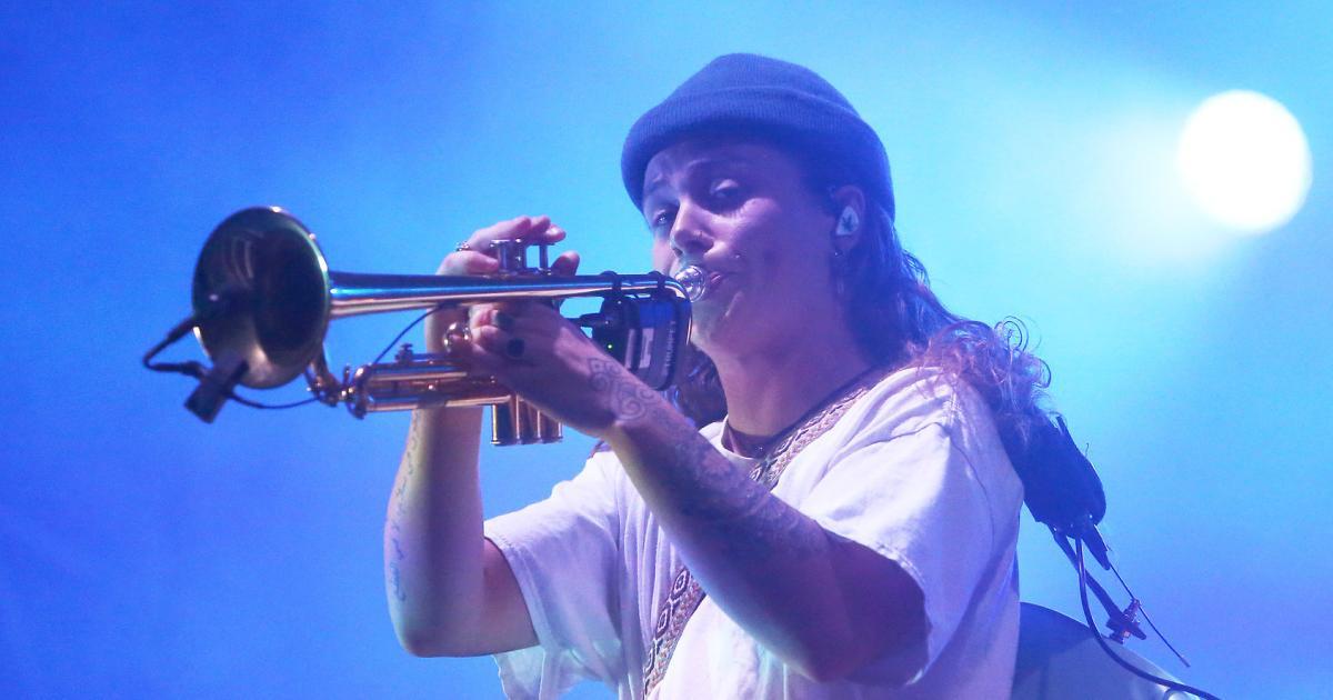 Multitalent-und-Energieb-ndel-Tash-Sultana-live-in-Wien