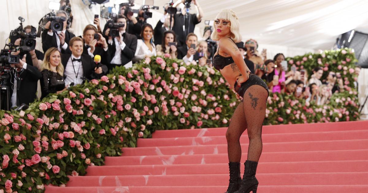 "Lady Gaga kündigt neue Single ""Stupid Love"" an"