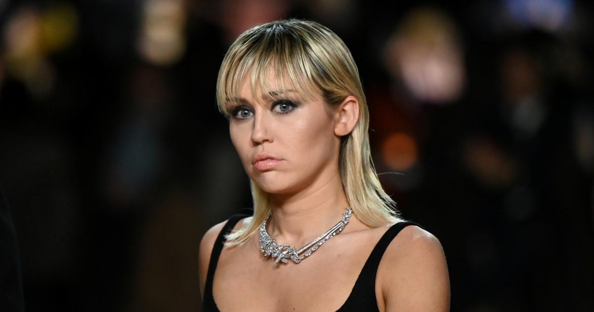 Eine nackte Frau für Miley Cyrus | kurier.at