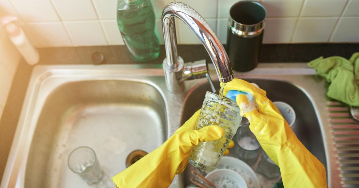 Keimschleuder Küchenschwamm: Reinigen in der Mikrowelle?