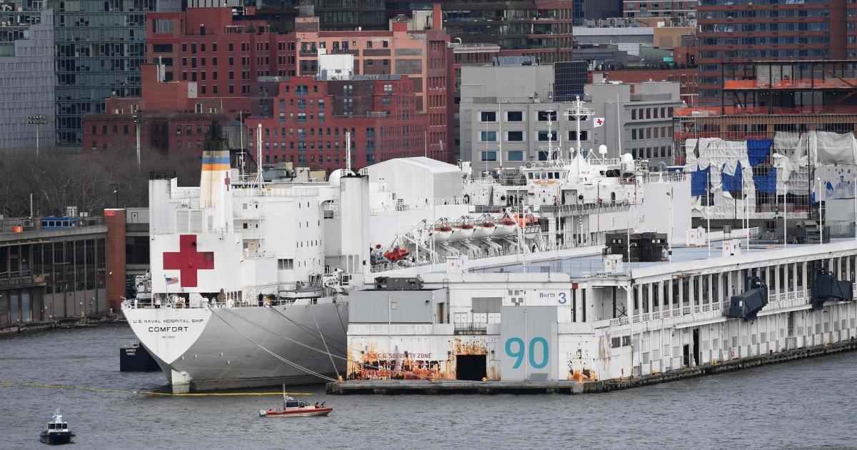 Ärger in New York: Marine-Lazarettschiff steht leer - wegen Bürokratie