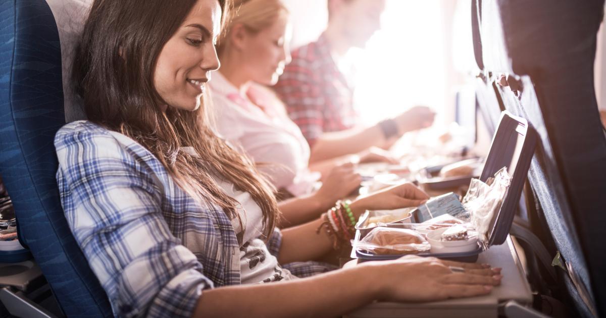 Corona-Krise: US-Airline liefert Flugzeugessen nach Hause