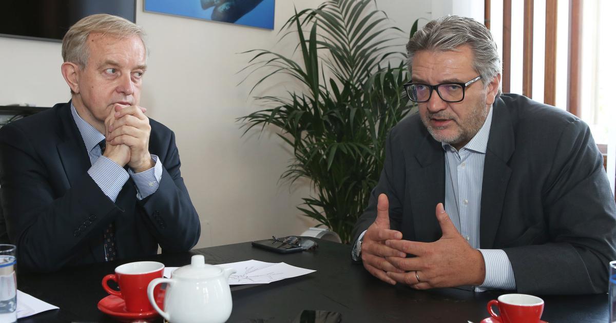 "Hacker über Corona-Kampf: ""Verdammt hoher Preis des Erfolgs"""