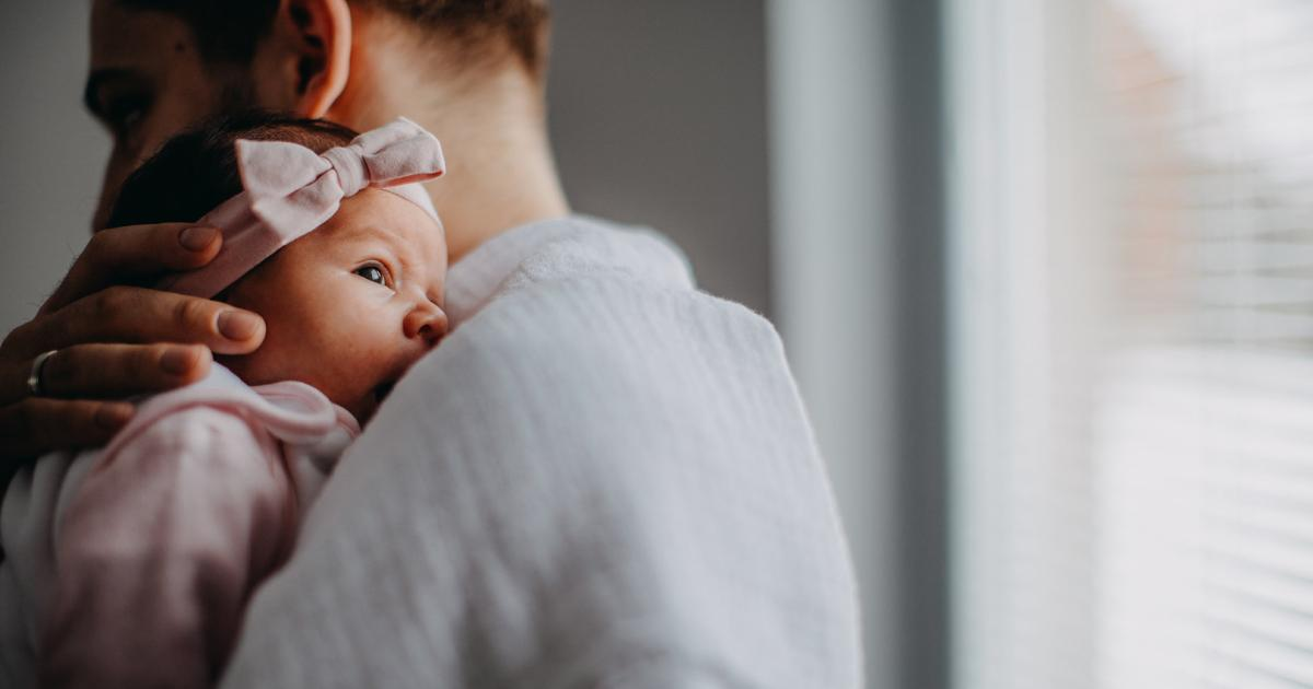 Neurophysiologisch belegt: Berührung lindert Schmerz bei Babys