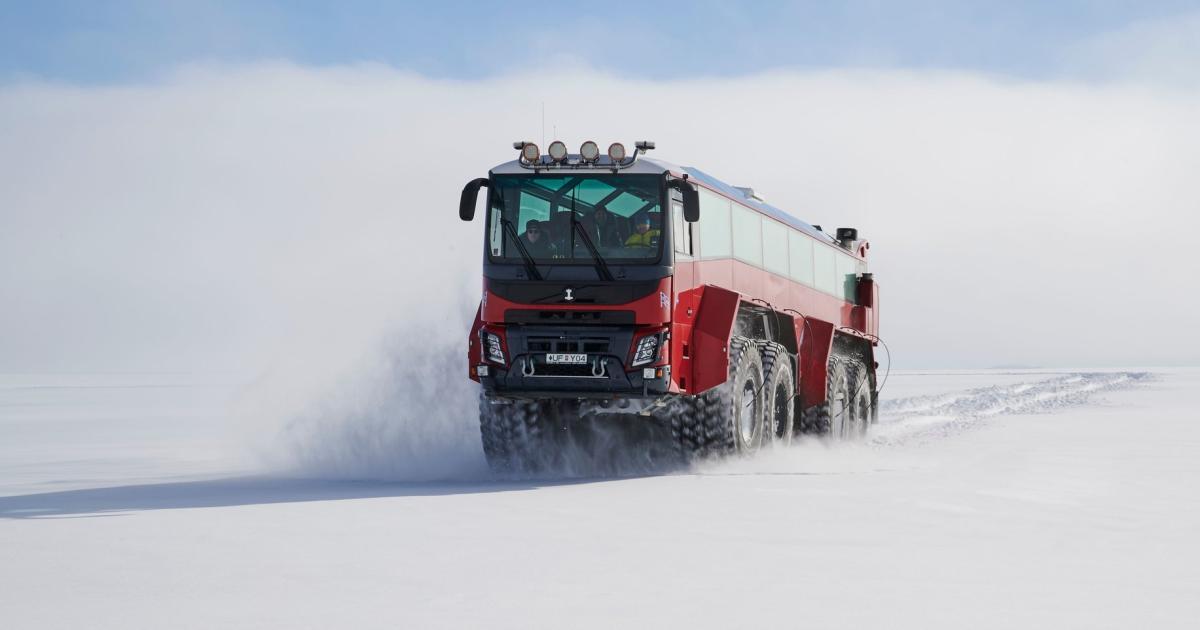 Bevor das Eis schmilzt: Island bietet Bustour zum Gletscher