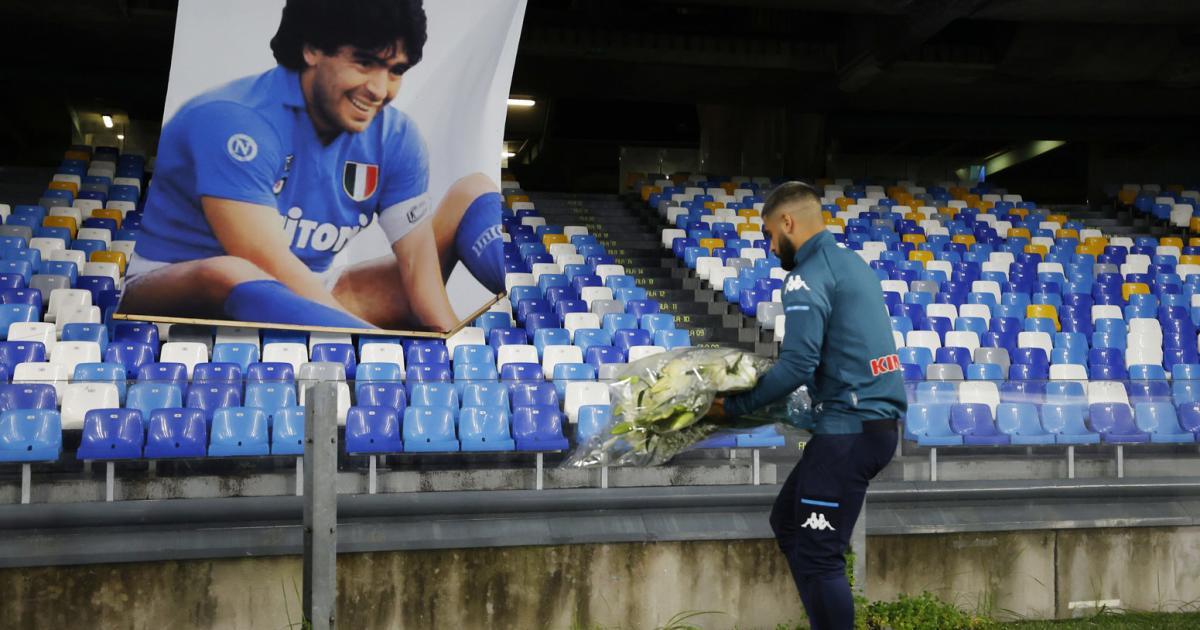 Napoli würdigte Maradona bei 4:0 über AS Roma