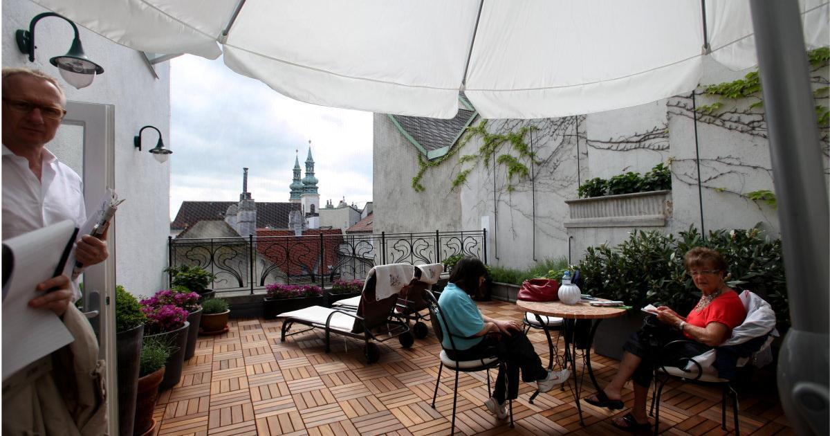 K rntnerhof vom bordell zu wiens kleinstem nobelhotel for Innenarchitekt oberosterreich