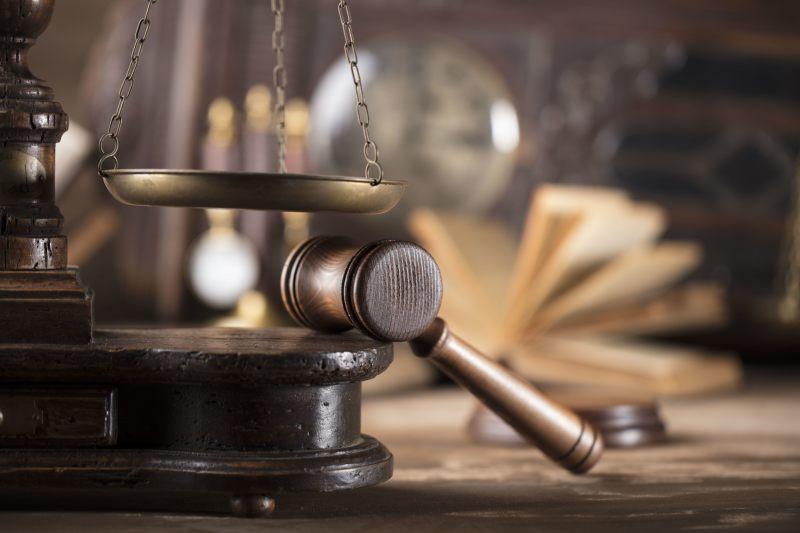 Gast verpasst Lokalbetreiber Kieferbruch: 14 Monate bedingt