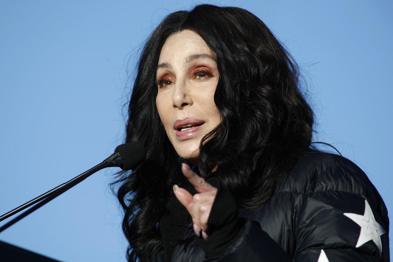 Popstar Cher setzt sich für inhaftierten Saudi-Prinzen ein