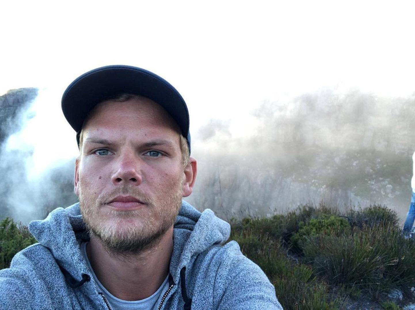 Avicii: Was man zum Tod des DJs und Musikers wissen muss