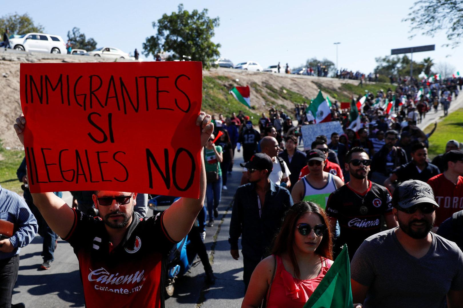 US-Behörde sichert Grenzübergang gegen Migranten