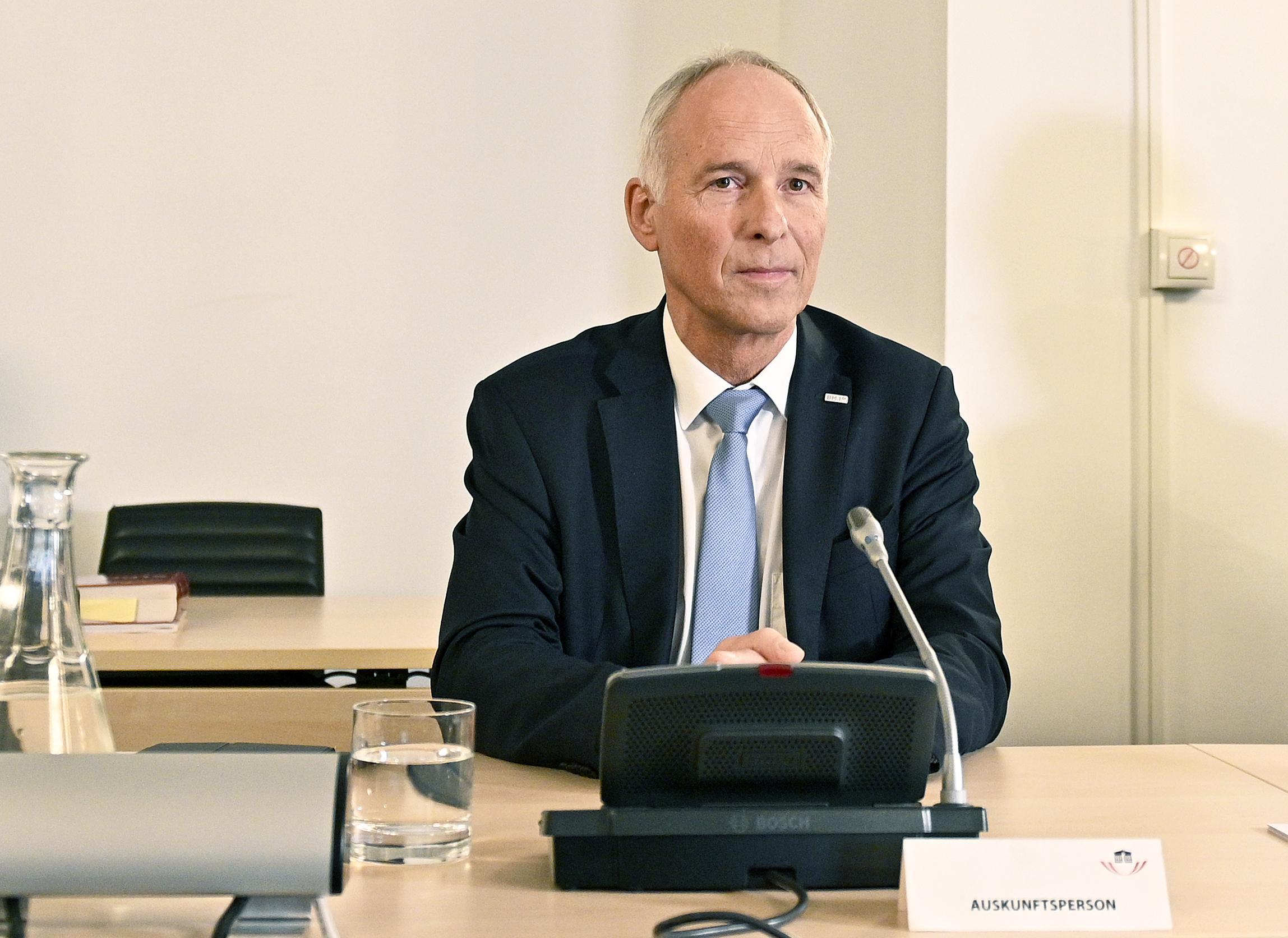BVT-Ausschuss: Goldgruber konnte Widersprüche nicht ausräumen
