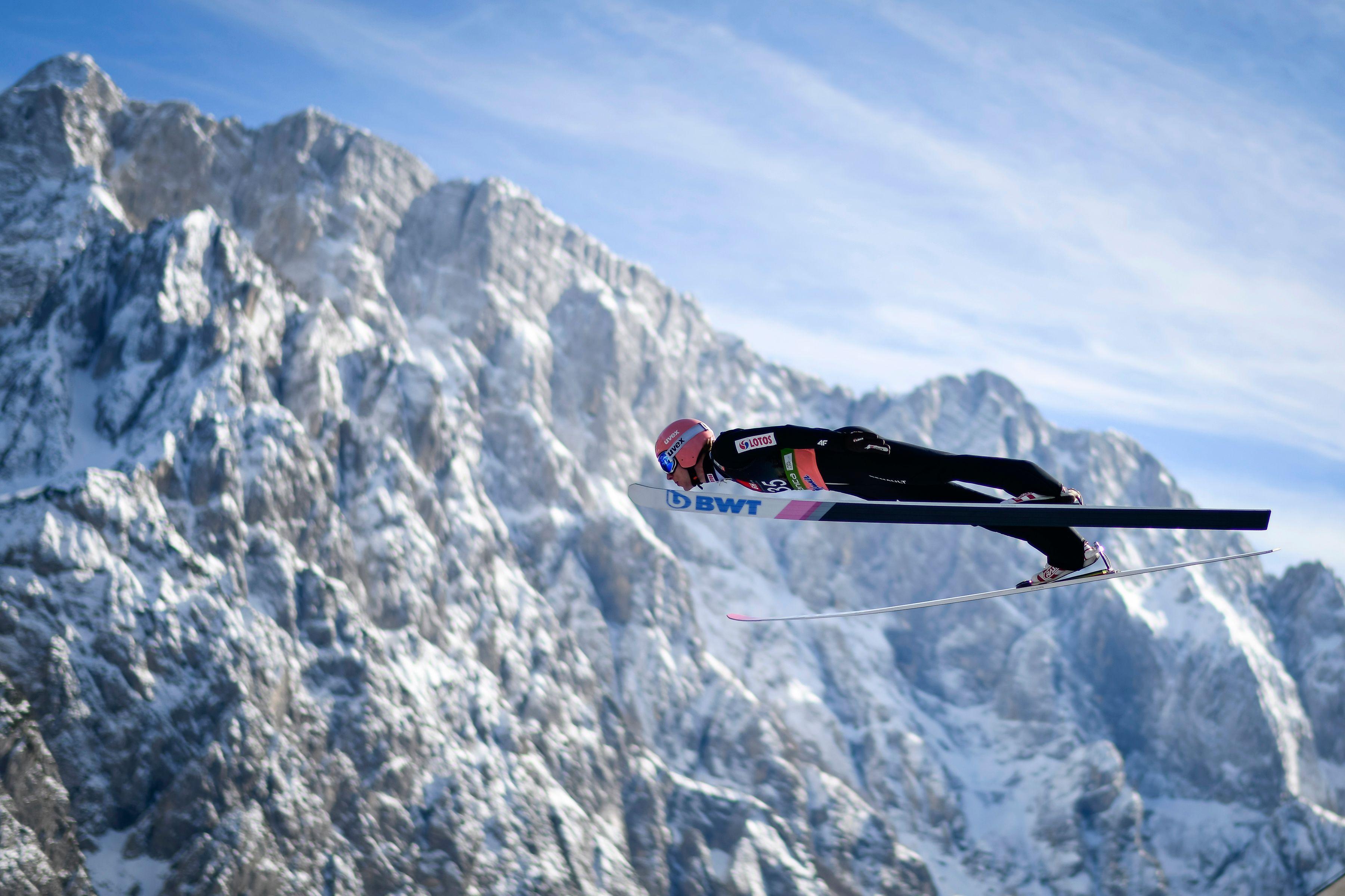 ÖSV-Team beim Skifliegen in Planica Halbzeit-Fünfter