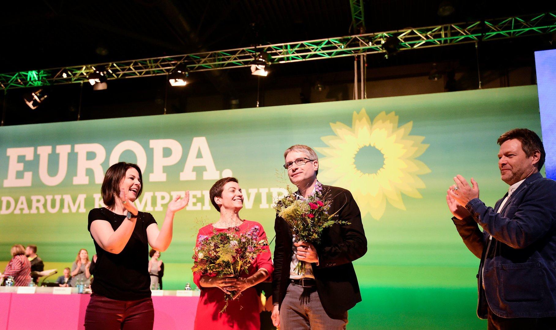 Deutschland: Schub für Grüne, Verluste für SPD