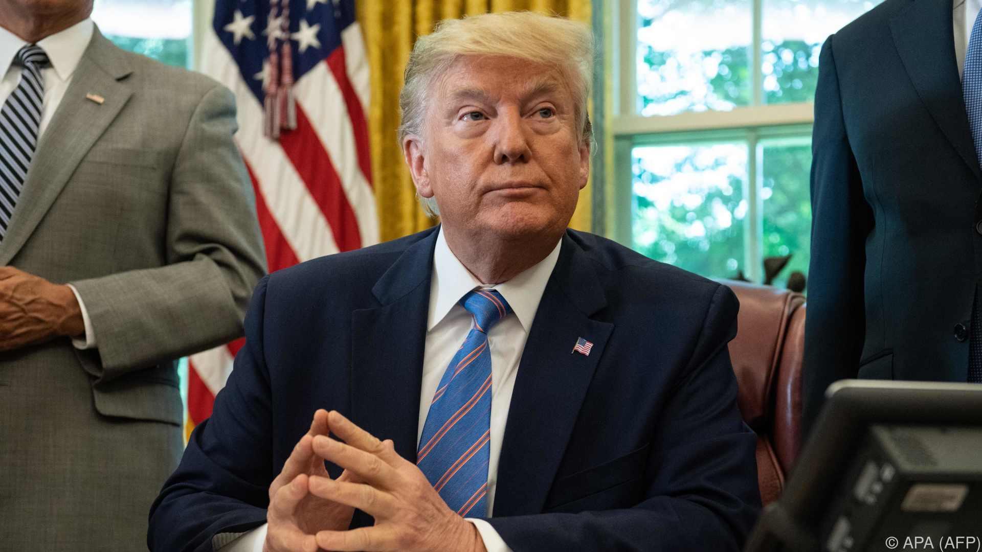 Trumps Geistesblitz: Mit Atombomben Hurrikans bekämpfen